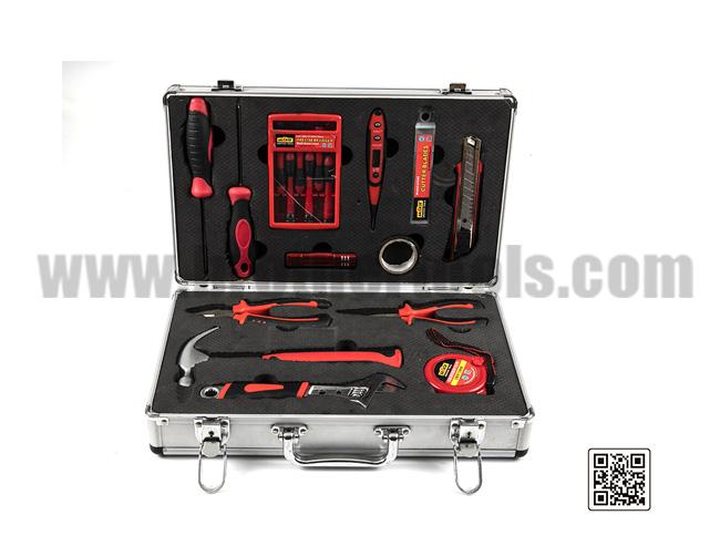 Kits de herramientas 74